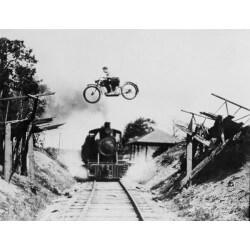 Déco murale moto et le train