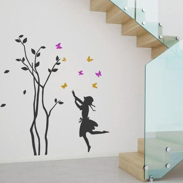 Sticker enfant arbre et papillons