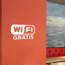 Vinilo escaparate wifi gratis